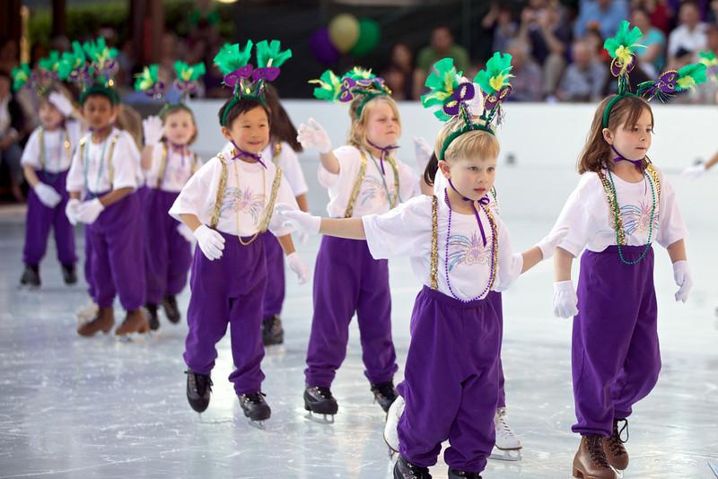 Skating  10036.jpg