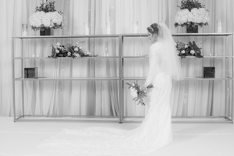Miri_Chayim_Wedding_BW-230.jpg