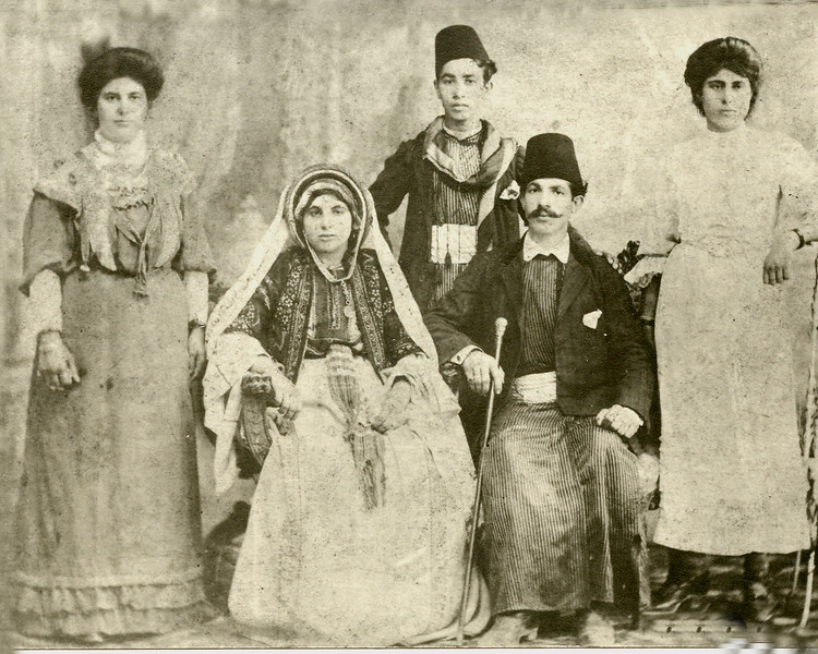Farah family photo 1910