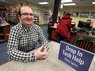 Wilmington Library tech help volunteer 111418
