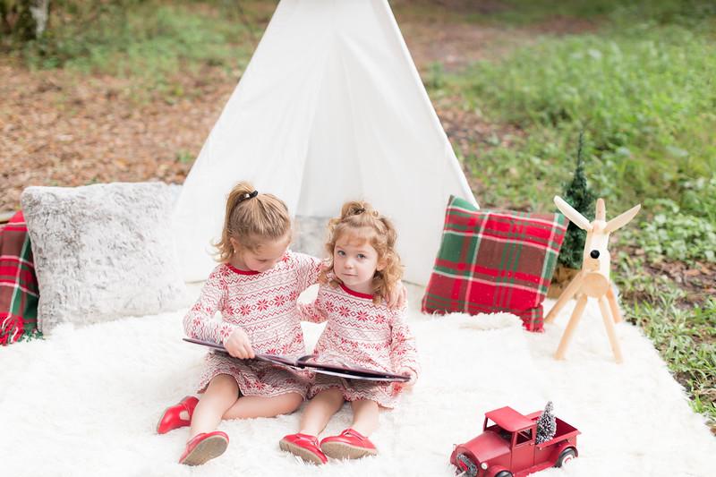 Holiday Minis- Bogie Family-39.jpg