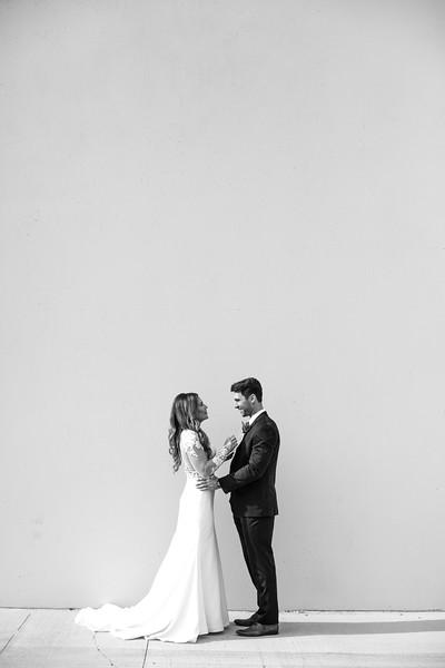 Kate&Josh_B&W_ZACH.WATHEN.PHOTOGRAPHER-276.jpg