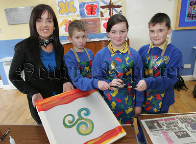 Pupils, Patrick Kearns, Chloe Rooney and Peter Ferris from Bunscoil an Luir pictured during an Art workshop with Artist Sharon Sloan. 07W6N30