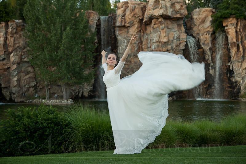 M & M Bridals-339.jpg