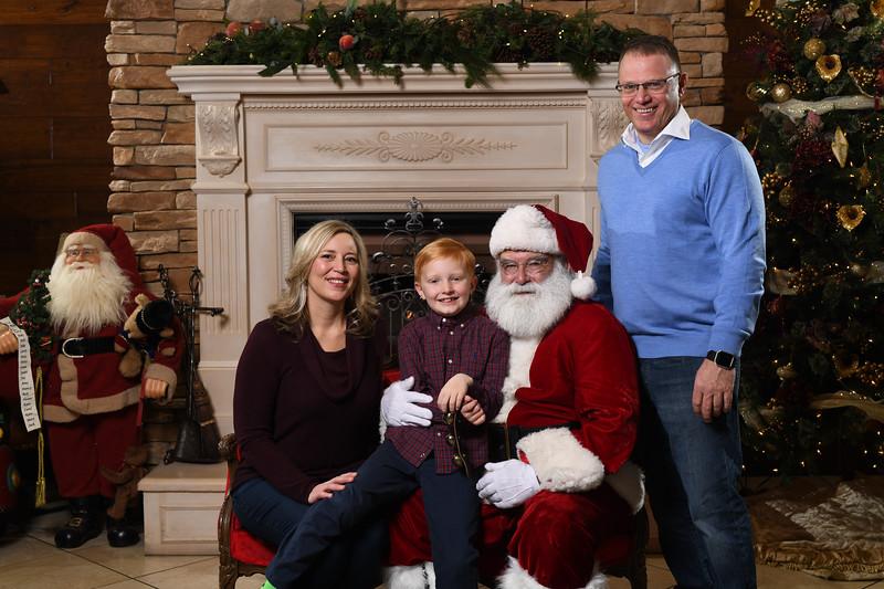Santa2018.TylerBoye.-164.jpg