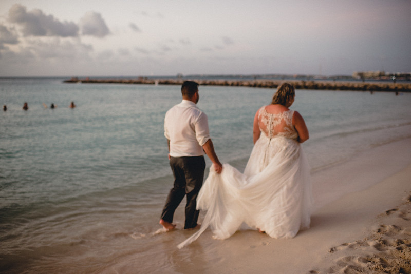 Requiem Images - Aruba Riu Palace Caribbean - Luxury Destination Wedding Photographer - Day after - Megan Aaron -121.jpg