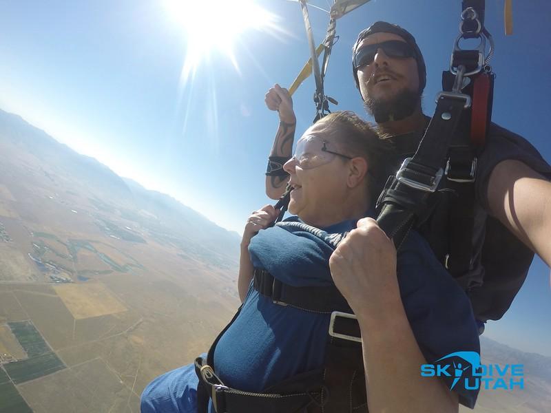 Lisa Ferguson at Skydive Utah - 89.jpg