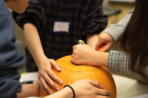 2018-10-26 Pumpking Carving