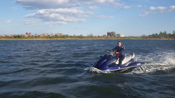 2013-05-26_BreakingInNewJetSkis