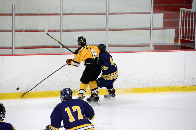 140907 Jr. Bruins vs. Valley Jr. Warriors-045.JPG