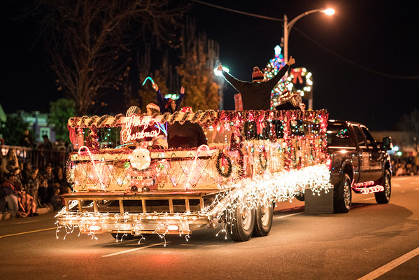 Light_Parade_2016-05156.jpg