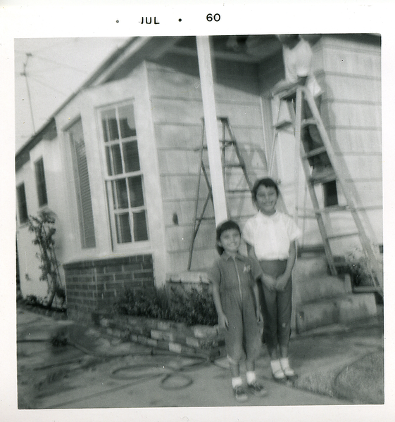 1960-07_michaela-n-kathie-dad-on-ladder.png