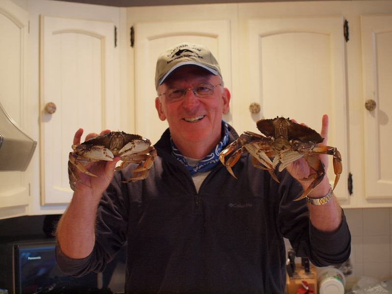 Mike fixing to cook up our crabs.