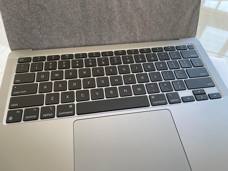 Apple M1 MacBook Air Keyboard
