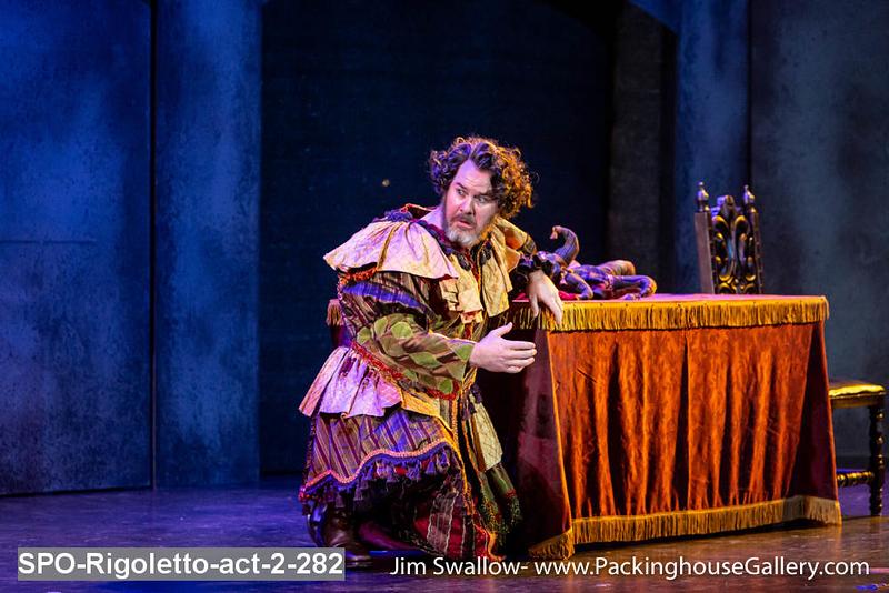 SPO-Rigoletto-act-2-282.jpg