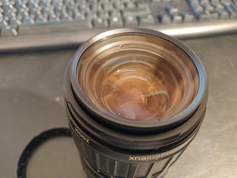 Angenieux 35-70mm 2.5-3.3 - Serial 1492022 005.jpg