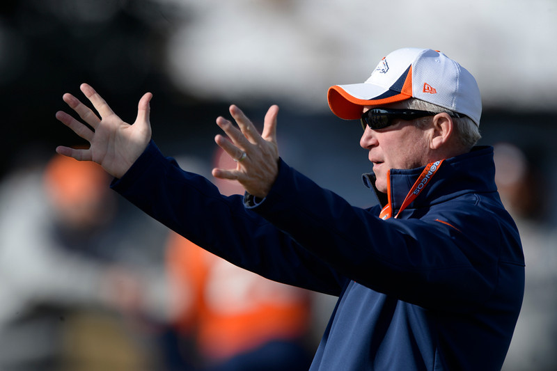 . Denver Broncos head coach John Fox during practice January 9, 2014 at Dove Valley (Photo by John Leyba/The Denver Post)