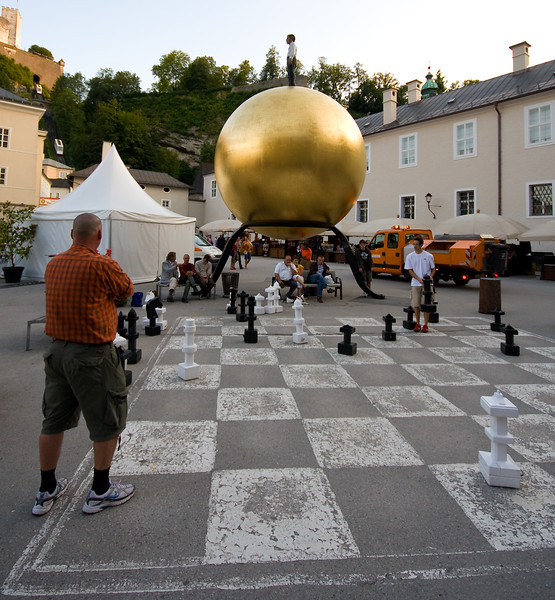 Big Chess Game, Bigger Ball
