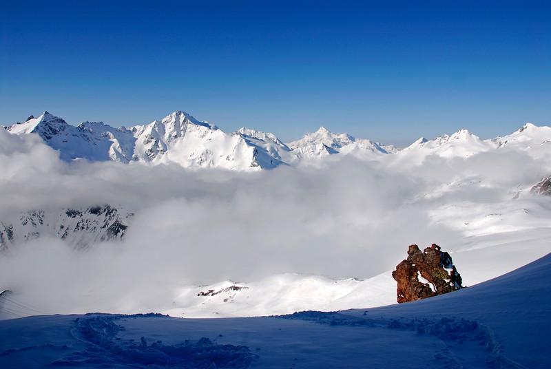 080502 1707 Russia - Mount Elbruce - Day 2 Trip to 15000 feet _E _I ~E ~L.JPG