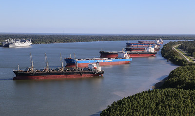 Mississippi River Ports and Shipping 2017