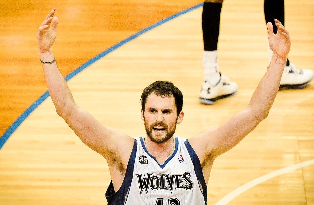 """. <p>6. MINNESOTA TIMBERWOLVES <p>Pretty fly for some white guys. (unranked) <p><b><a href=\'http://www.twincities.com/timberwolves/ci_24385647/minnesota-timberwolves-match-players-their-tattoos\' target=\""""_blank\""""> HUH?</a></b> <p>   (Pioneer Press: Ben Garvin)"""
