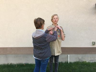15-11-05 Sue & Beck, Scout Uniform