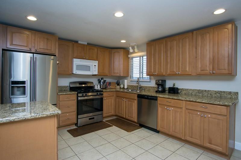 kitchen f.jpg