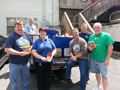 Schuylkill Notre Dame Club Food Drive Donation to Salvation Army, Tamaqua (5-23-2014)
