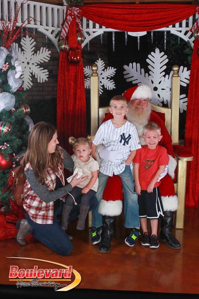 Santa 12-17-16-119.jpg