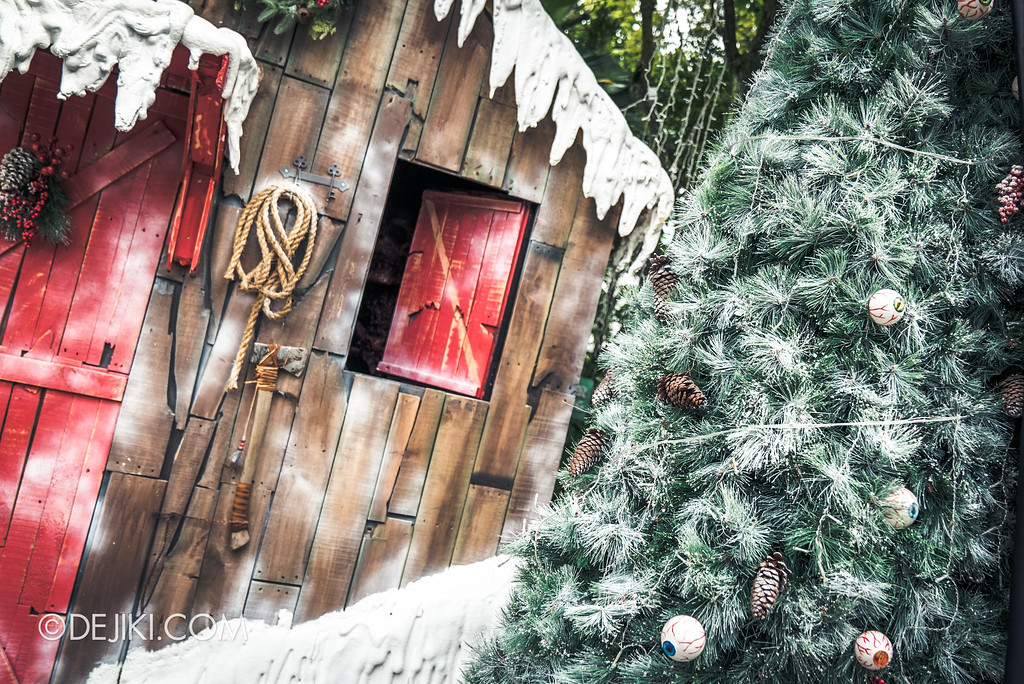 Halloween Horror Nights 7 Before Dark 5 Construction Preview - Happy Horror Days scare zone Christmas Cabin