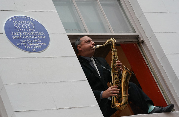 24/10/19 - Ronnie Scott awarded English Heritage blue plaque