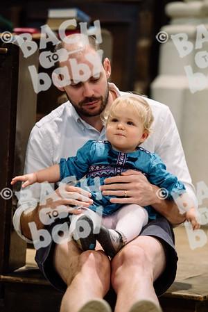 © Bach to Baby 2017_Alejandro Tamagno_Regents Park_2017-09-16 055.jpg