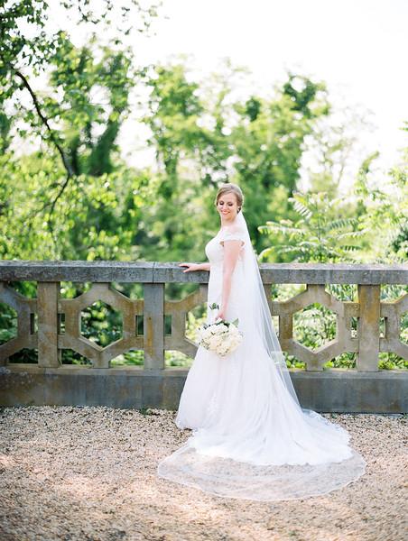 05 Bride and Groom-039.jpg