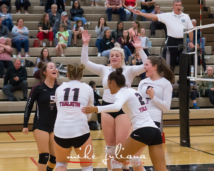 20181018-Tualatin Volleyball vs Canby-0673.jpg