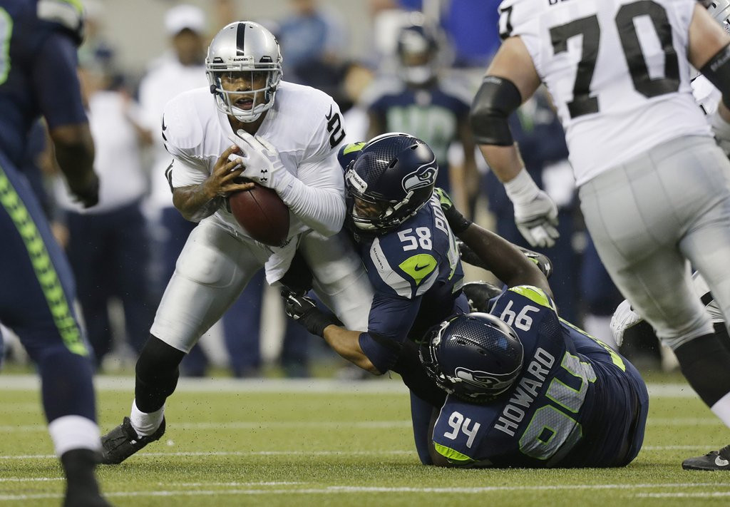 . <p><b> Raiders at Colts (-9½):</b>  <p>Oakland named Terrelle Pryor its starting quarterback after realizing there�s a reason Matt Flynn has spent his entire career on the bench. <p>Pick: <b>Colts by 11</b> <p>    (AP Photo/Stephen Brashear)