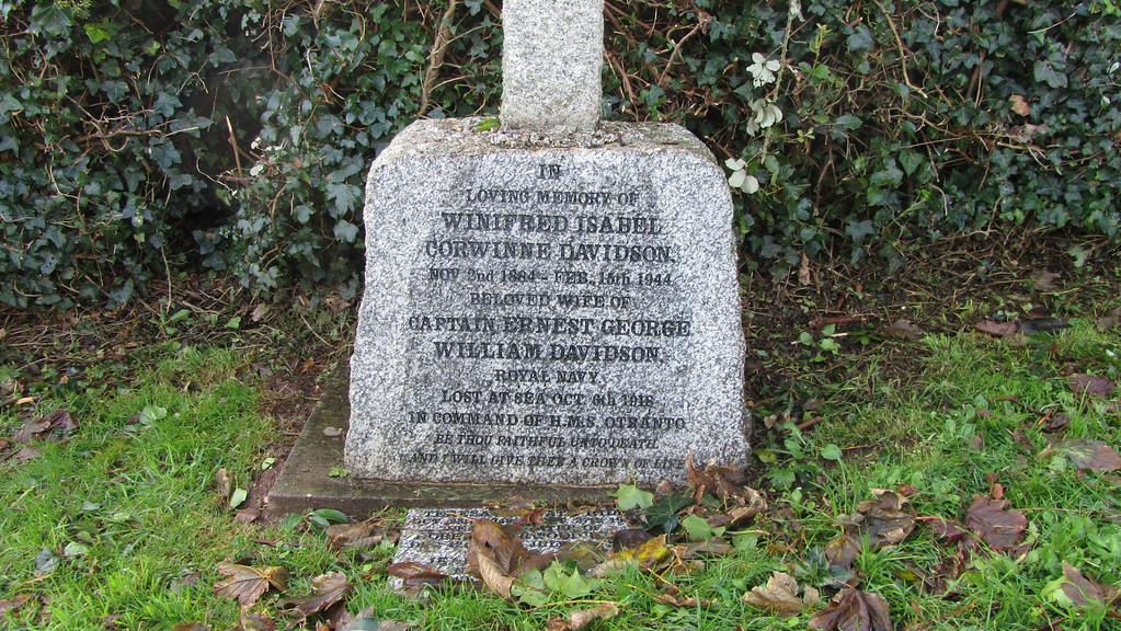 The grave in Thurlestone.