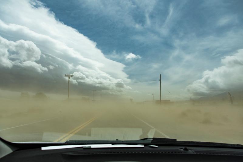 Owens-Valley-sand-storm-road-ahead-April8-2017.jpg