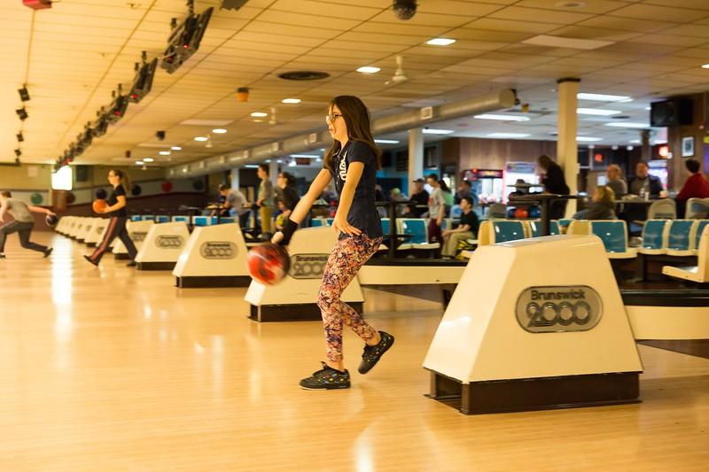 Maddie bowling-9456.jpg