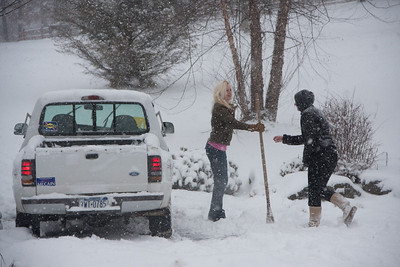 Rachel & Zack: They day begins- with snow