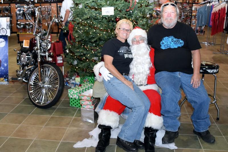 2014 Santa Visits J&P Cycles Florida Superstore (53).JPG