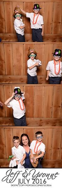 20160731_MoPoSo_Wedding_Photobooth_JeffYvonne-106.jpg