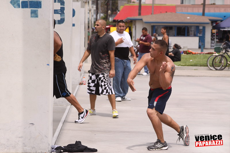 06.20.09 So-Cal Summer Slam  3-Wall Big Ball Singles.  1800 Ocean Front Walk.  Venice, ca 310.399.2775 (9).JPG