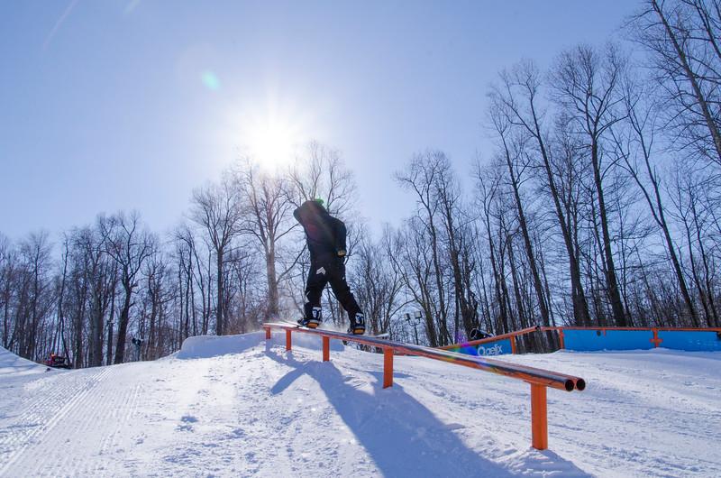 Snow-Trails-Rail-Jam-8210.jpg