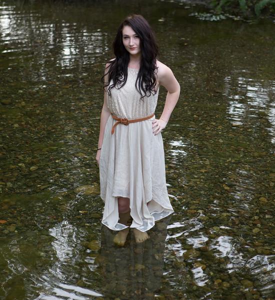 Abby Portrait Round Valley-_85A6918-.jpg