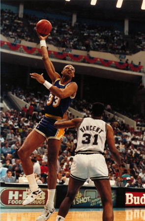 LA. Lakers - Kareem Abdul Jabbar & Magic Johnson 1989