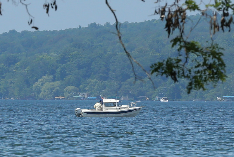 15 07 10 Cayuga Lake Tubing