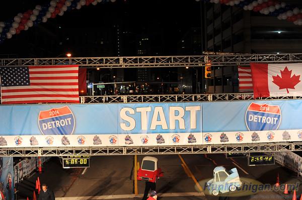 Start, Gallery 3 - 2014 Detroit Free Press/Talmer Bank Marathon
