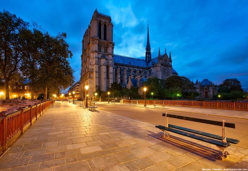 Paris_DSC2263-web.jpg