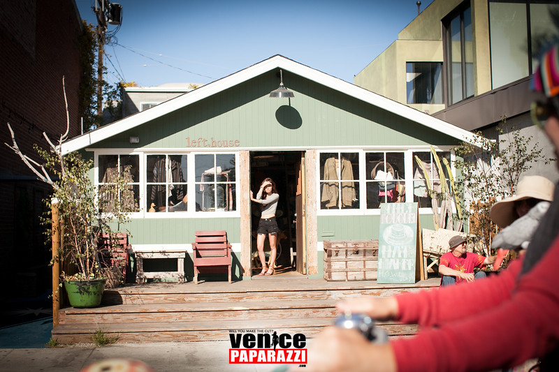 VenicePaparazzi-405.jpg