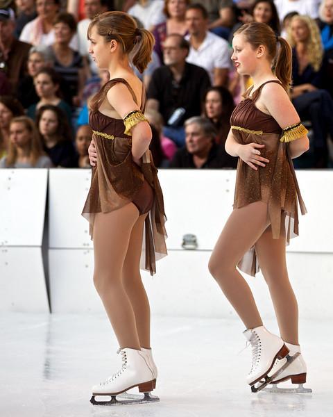 Skating  10059.jpg